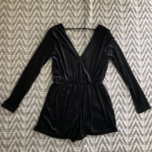 🎯Wild Fable long sleeve romper size medium NWT